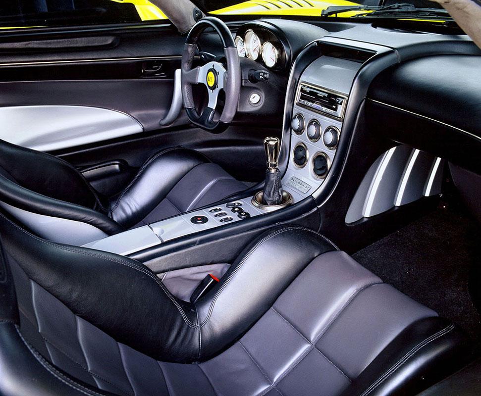 Saleen S7 interior