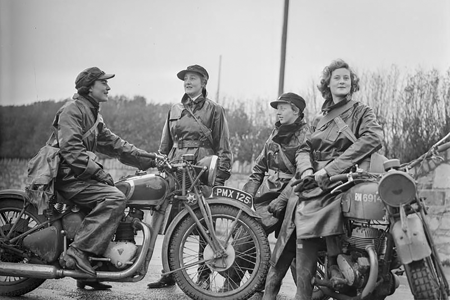 The Flying Wrens: All-female dispatch riders of WWII