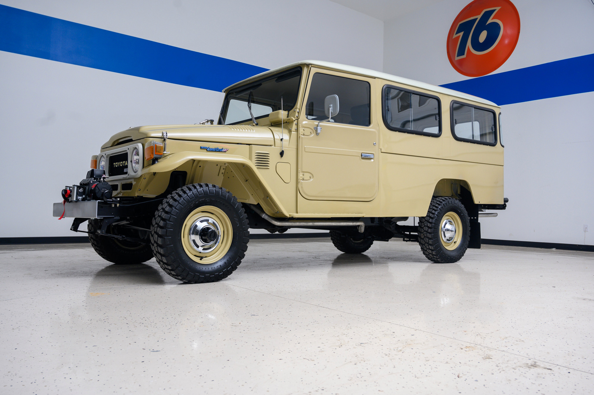 """Who needs a Land Rover when you could have a Land Cruiser """"Troopy""""?"""
